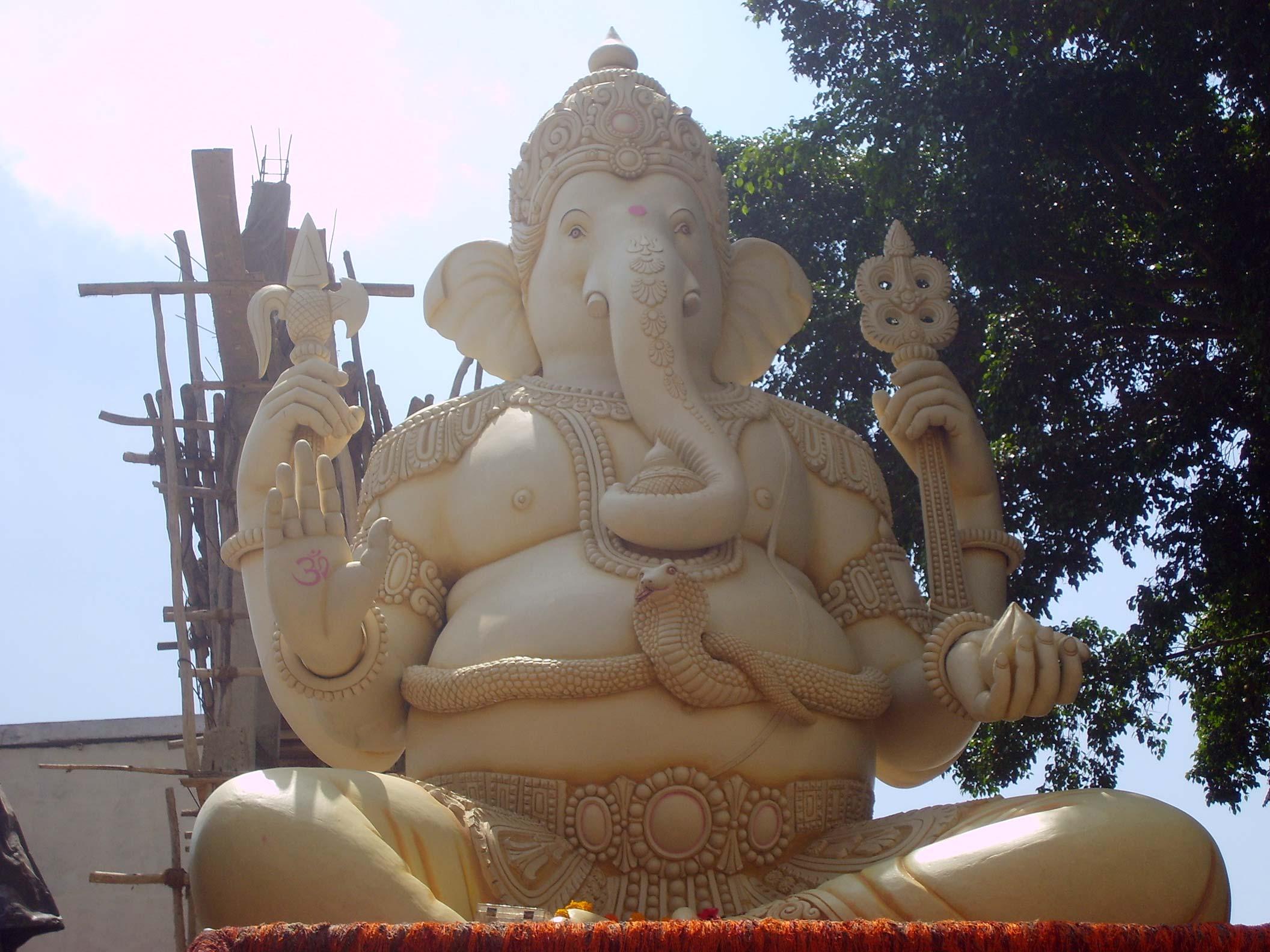 http://scriptures.ru/india/karnataka/bangalore/ganesha_kemp_fort002.jpg